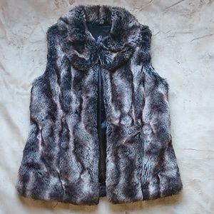 Rachel Zoe Faux Fur Vest Size XSMALL